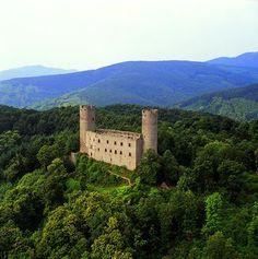 ML Chateau du Haut-Andlau, Alsace Chateau Medieval, Medieval Castle, Castle Ruins, Castle House, Beautiful Castles, Beautiful Buildings, Alsace France, Small Castles, Arquitetura