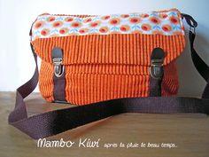 Sac rétro velours côtelé orange pour femme fermoirs cartable : Sacs bandoulière par mambo-kiwi