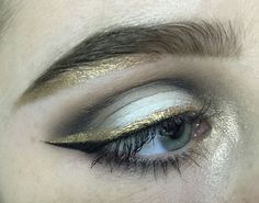 love the touch of gold under the brow! #makeup #inspo