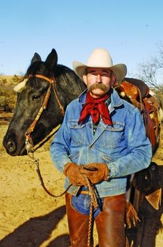 Read American Cowboy magazine's interview with unofficialcowboy poet laureate Baxter Black. Hot Cowboys, Real Cowboys, Cowboys And Indians, Cowboy Up, Cowboy And Cowgirl, Cowboy Hats, Cowgirl Style, Billy Cook Saddles, Rodeo