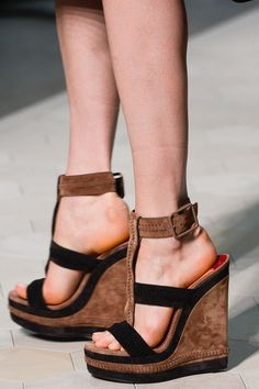 Loewe Spring 2013 RTW - Review - Collections - Vogue
