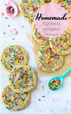 Homemade Funfetti Cookies Funfetti Cookies, Chewy Sugar Cookies, Soft Chocolate Chip Cookies, Sprinkle Cookies, Cake Mix Cookies, Sugar Cookies Recipe, Yummy Cookies, Cookies Soft, Cookie Recipes