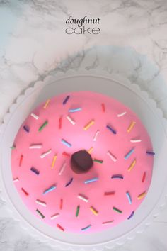 Pink Sprinkle Doughnut Cake -- the best of both (dessert) worlds! Donut Birthday Parties, Donut Party, Cake Party, Cake Birthday, Birthday Ideas, Cake Cookies, Cupcake Cakes, Cake Icing, Simpsons Party