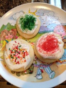 Perfect Cut-Out Sugar Cookies {dairy-free, egg-free, nut-free} – Living the Allergic Life…to the Fullest! Egg Free Sugar Cookie Recipe, Dairy Free Sugar Cookies, Eggless Sugar Cookies, Egg Free Cookies, Dairy Free Frosting, Cut Out Cookie Recipe, Dairy Free Treats, Sugar Free Desserts, Vegan Desserts