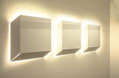 Dé, Euroluce 2017 #luxury #lighting #design #LED #LEDlamp #minimalist #interior #homedecor #Euroluce #Euroluce2017 #exhibition #Inarchi Exhibition, Luxury Lighting, Lighting Design, Cube, Wall Lights, Contemporary, Simple, Interior Architecture, Minimal