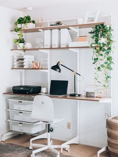 Modern Minimalist Home Office Space Ideas - Each of us has different needs and m. Modern Minimalist Home Office Space Ideas – Each of us has different needs and material opportuni Cool Office Space, Office Space Design, Office Spaces, Small Office, Small Bedroom Office, Corner Office, Workspace Design, Work Spaces, Home Office Organization
