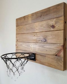 Ideas for boy room decor- love this first idea of pallet wood basketball goal diy. diy kid room decor 11 Adorable Decor Ideas for a Little Boy's Room Little Boy Bedroom Ideas, Little Boys Rooms, Boys Room Paint Ideas, Kids Rooms, Boys Room Decor, Ideas For Boys Bedrooms, Toddler Boy Room Ideas, Boy Decor, Cool Boys Room