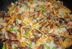 Meat Recipes, Asian Recipes, Dinner Recipes, Ethnic Recipes, Hungarian Recipes, Fried Rice, Food And Drink, Beef, Chicken