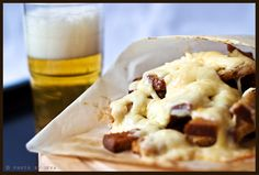 Pin It The post title doesn't give much I know, but that's because today I'm sharing two things on the opposite side of the food scales. One as you can see above is the definition of comfort food: fried sourdough bread with plenty of cheese on top, this is something for you. On the other …