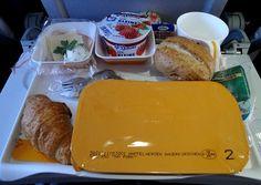 Diese 6 Lebensmittel sollten Sie auf keinen Fall essen, bevor Sie fliegen. Den Artikel dazu finden Sie im Seniorenblog: http://der-seniorenblog.de/seniorenreisen/reisenachrichten-reisenews/ . Bild: CC0