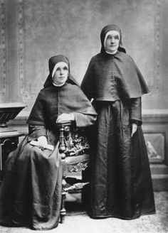 Sisters of St. Family Sisters of the Holy Family Date and place of foundation: 1872 years - USA Founders: m Elizabeth Armer Fr. John Prendergast