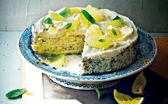 A classic flavour combination, starring in a clever bake that creates three cakes in one. Use a cake tin, silicone or greased with butter and lined with baking parchment. by: Christelle Huet-Gomez in Magic Cakes Magic Cake Recipes, Delicious Cake Recipes, Yummy Cakes, Sweet Recipes, Lemon Meringue Cake, Vanilla Cake, Poppy Seed Cake, Sweet Pastries, Cream Recipes