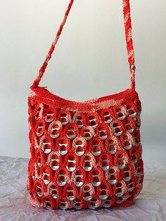 Bright Orange Soda Tab Purse Soda Tab Crafts, Can Tab Crafts, Hand Crochet, Free Crochet, Pop Top Crafts, Pop Tab Purse, Beading Patterns, Crochet Patterns, Pop Can Tabs