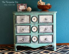 The Turquoise Iris ~ Vintage Modern Home: My First Time Using Annie Sloan Chalk Paint