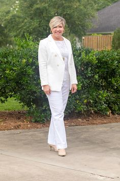 all white office outfit for summer #9to5style #weartowork White Blazer Outfits, White Outfits For Women, All White Outfit, Neutral Outfit, Women's Summer Fashion, Work Fashion, Fashion Outfits, Fashion Trends, Coats For Women