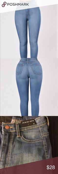 Fashion Nova Vibrant MIU High Waist Skinny Jeans 7 Only tried on! New Fashion Nova Classic High Waist Medium Denim Jeans. Vibrant MIU. High Waist. Size 7 Skinny Jeans 2 Pockets Great Stretch Faux Front Pockets Made in USA 49% Sirorayon 32% Cotton 17% Polyester 2% Spandex. #fashionnova #kylie #missguided #nike #puma #asos #topshop #kardashian #jordans #maccosmetics Fashion Nova Jeans