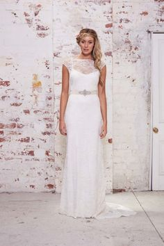 Lace wedding dress with short sleeves | Karen Willis Holmes Wild Hearts Collection