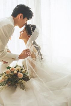 47 Wonderful Korean Prewedding Photo Ideas That Remarkable For You 47 Wonderful Korean Prewedding Photo Ideas That Remarkable For You Sharare Sadough HelloSherrii Couple Studio Pose There are more nbsp hellip Pre Wedding Poses, Pre Wedding Photoshoot, Wedding Shoot, Wedding Couples, Wedding Albums, Wedding Dresses, Wedding Hair, Wedding Ceremony, Foto Wedding