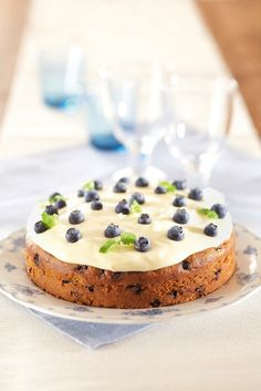 This one I will try too, maybe on my winter holiday Finnish Recipes, Blueberry Cake, Sweet Recipes, Yummy Recipes, Recipies, I Love Food, Independence Day, Food Pictures, Bakery