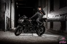Honda and Catwoman resolution , Black Honda superbike and hot asian model in Catwoman suit make a perfect combo erotic wallpaper, babes and bikes, sexy wallpaper College Girl Photo, College Girls, Catwoman Suit, Female Trainers, Honda, Marvel Cosplay, Amazing Shopping, Gotham City, Girl Photos