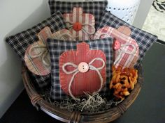 Pumpkin Bowl Fillers Hand Appliqued' Homespun Pumpkins on Homespun Fabric…