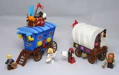 37 Lego Carriage MOCs Ideas – How to build it Lego Bionicle, Halloween Lego, Box Container, Lego Sculptures, I Love My Hubby, Lego System, Lego Castle, Lego Projects, Lego Moc