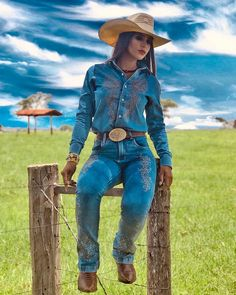 Women S Fashion Cowboy Boots Cheap Cowboy Girl, Cowgirl And Horse, Sexy Cowgirl, Western Girl, Cowgirl Style, Horse Girl, Foto Cowgirl, Estilo Cowgirl, Cowgirl Jeans