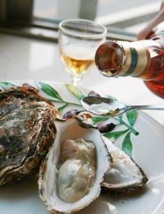 """MIYAJIMA oyster cocktail with wiskey(Bowmore) sauce""  ボウモア&宮島牡蠣のオイスターカクテル/オイスターカクテル"