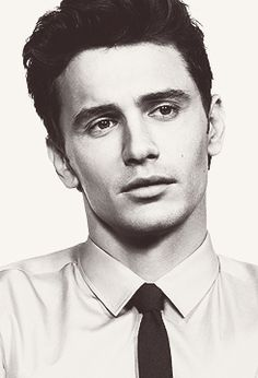 I know I've said it before, but James Franco is almost the complete package for me: smart and fine to look at. :)