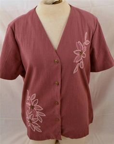 Pretty Alfred Dunner Ladies Size 16 Short Sleeve Beaded Front Blouse Shirt #AlfredDunner #ButtonDownShirt