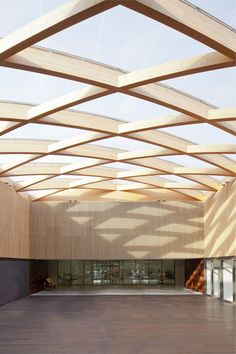 Gallery - Berluti Manufacture / Barthélémy Griño Architectes - 17 ⊚ pinned by www. Detail Architecture, Timber Architecture, Amazing Architecture, Ancient Architecture, Sustainable Architecture, Landscape Architecture, Classical Architecture, Roof Design, Ceiling Design