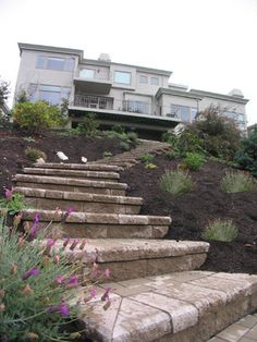 Landscaping Front Yard For Privacy Landscape Pavers, Hillside Landscaping, Landscape Plans, Front Yard Landscaping, Front Walkway, Landscaping Ideas, Garden Yard Ideas, Garden Spaces, Backyard Ideas