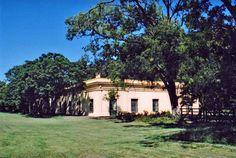 """""""""""Estancia La Rica"""""""", data del 1818, declarada monumento historico. Chivilcoy, prov. Buenos Aires, Argentina"""
