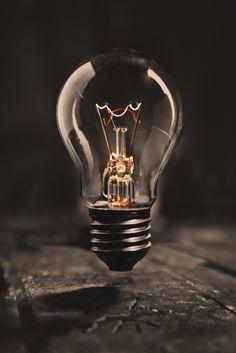 Light - Pablo Sarlo on Fstoppers Ipad Mini Wallpaper, Wallpaper Space, Apple Wallpaper, Cool Wallpaper, Light Bulb Art, Mood Light, Best Background Images, Lights Background, Bulb Photography