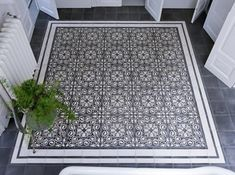 30+ Creative Tile Rug Inlay Ideas for Your Bathroom