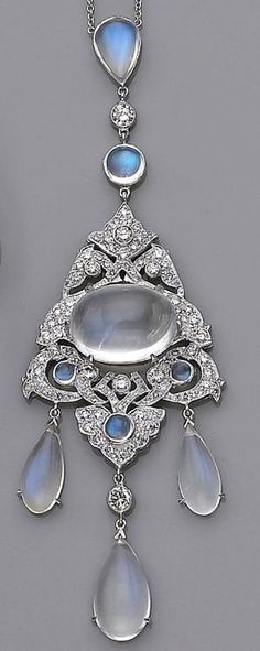 beautyblingjewelry:  Moonstone and Diamon fashion love