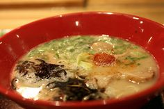Oodles of Noodles: The Top 5 Ramen Spots in NYC // Our Favorite Comfort Food to Spin, Swirl & Slurp
