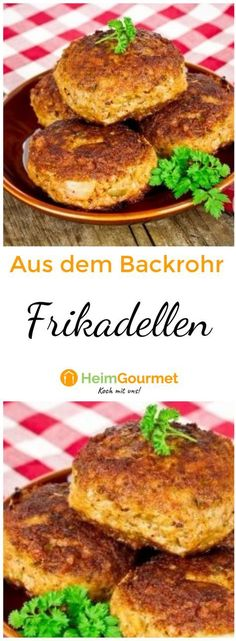 Frikadellen aus dem Backofen - Blechweise Buletten Meatballs from the oven - cutlets by sheet of mea Baby Food Recipes, Soup Recipes, Sausage Recipes For Dinner, Burger Party, Paleo, Healthy Summer Recipes, Albondigas, Romantic Dinners, Four