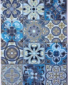 Doodle Patterns, Tile Patterns, Textures Patterns, Art Chinois, Pottery Painting Designs, Floral Texture, Art Japonais, Mosaic Tiles, Ceramic Tile Art