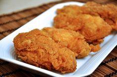 Con menos grasa que las fritas, estas alitas de pollo son mucho más crujientes y jugosas. Las cocinamos al horno recubiertas de una capa de un rico empanad