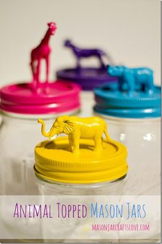 come reciclare gli animali di plastica animal-topped-mason-jar, I want this for rogue crayons found on the floor. Must use short, wide mouth jars that little hands can easily fit into, color name on front as well Mason Jar Projects, Mason Jar Crafts, Fun Crafts, Crafts For Kids, Arts And Crafts, Spray Paint Crafts, Spray Paint Mason Jars, Craft Projects, Projects To Try