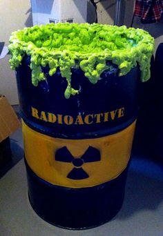 Radioactive drums for prom decor Keri says: Uh whatever prom this was was totally awesome Halloween Carnival, Halloween House, Holidays Halloween, Scary Halloween, Halloween Themes, Halloween Crafts, Halloween Party, Halloween Stuff, Homecoming Floats