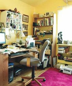 messy office  http://www.realsimple.com/home-organizing/decorating/before-after-room-makeovers-00000000050556/page13.html