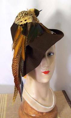 1930s/1940s vintage faux bird brown felt tilt hat
