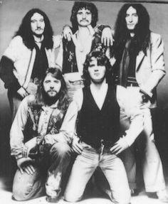 Maart 1975-Augustus 1976. Mick Box,Lee Kerslake,David Byron,John Wetton,Ken Hensley.