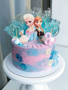 Elsa Birthday Cake, Frozen Themed Birthday Party, Disney Frozen Birthday, Frozen Party, Pastel Frozen, Frozen 2, Frozen Cake, Snowflake Wedding Cake, Lollipop Cake