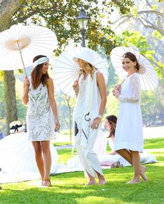 What To Wear to a White Party