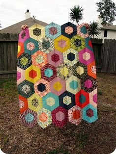"Gorgeous gorgeous gorgeous! ""Chicopee Hexagon Quilt"" by bebo821."