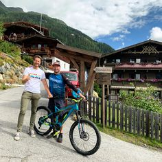 MANY THANKS FOR YOUR STAY @petrkrausredbull AND WITH YOUR CREW 🙌  PETR KRAUS - TRIALBIKING  🏆🏆🏆🏆🏆 times czech trail champion in Trial Biking 🏆🏆🏆 times world champion in Trial Biking  #gruenwaldresort #BikeRepublicSölden #BikeRepublicSoelden #RidersRule #Sölden #Soelden #BikeOpening #mountainbike #mountainbiking #mountainbike #mtb #bike #downhill #mtblife #bikelife #enduro #mountains #freeride #mountainbiking #enduromtb #petrkausredbull #redbull