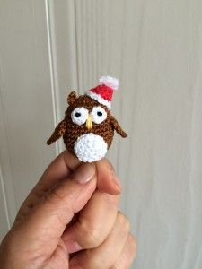 Christmas owls crochet pattern by doubleTrebleTrinkets.